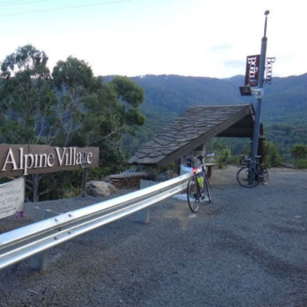 bav-cyling-to-bogong-village