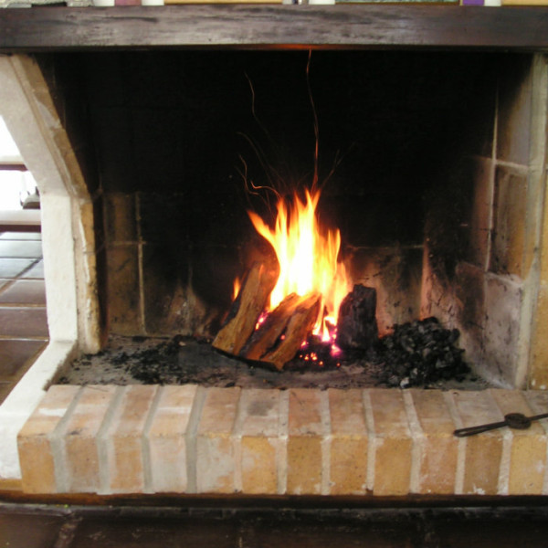bav-warm-fireplace